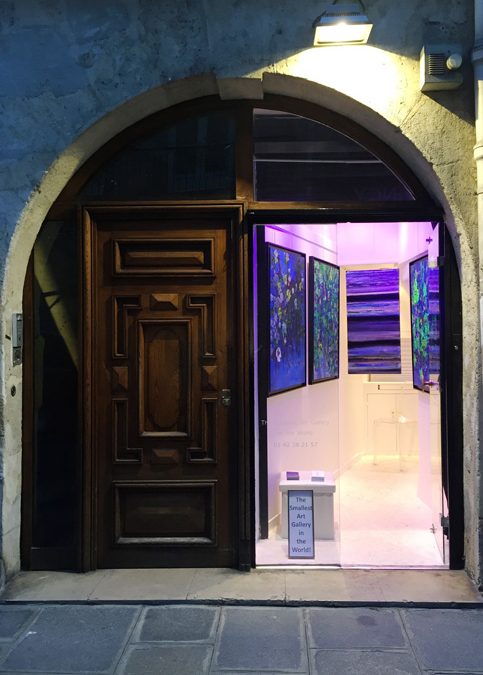 The Smallest Art Gallery in the World