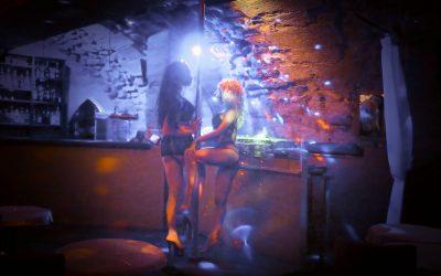 The Guy's Club: l'unique club  de strip-tease de la Rive Gauche